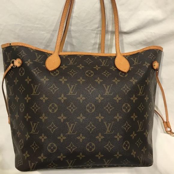 Louis Vuitton Handbags - Louis Vuitton Neverfull MM -   Great Condition   5c168e9d6dcb1
